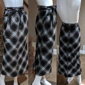 Old Navy kilt like skirt size 4